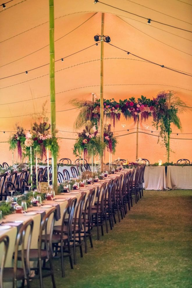 wesele w namiocie w plenerze